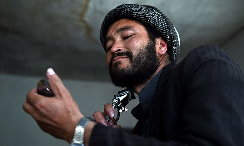 Govt official in Balochistan's Kharan bans 'beards with designs'