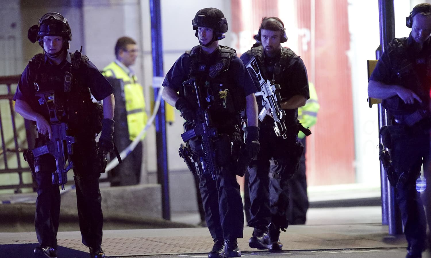 Armed police outside Monument station after an incident in central London.─AP