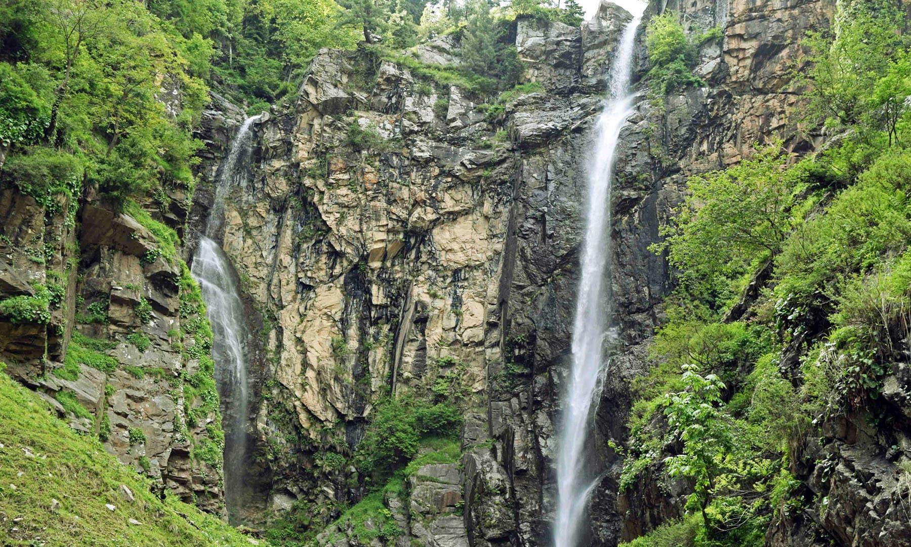 جادوئی آبشار جاروگو— تصویر امجد علی سحاب