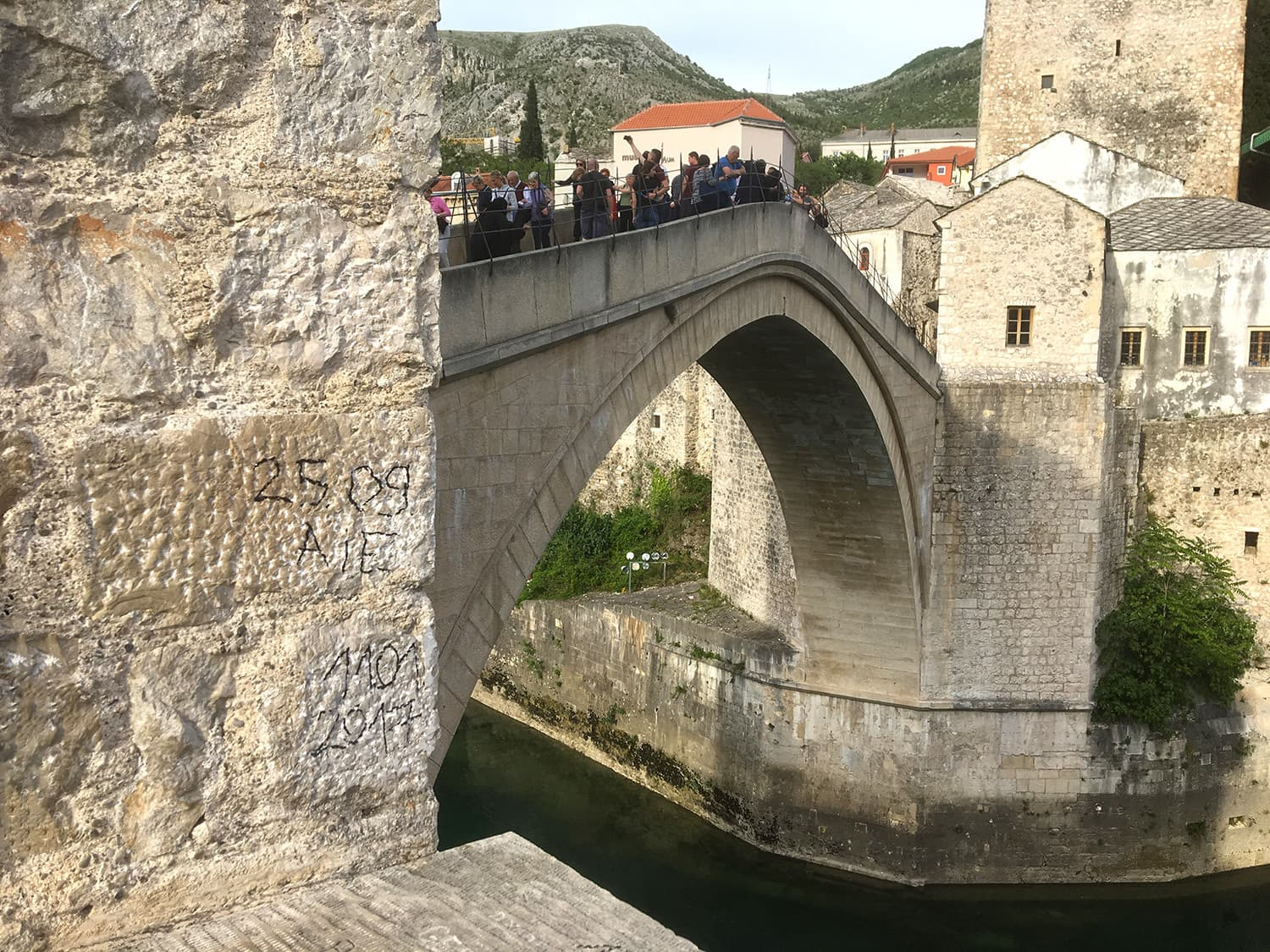 The crowd that gathered on the Stari Most bridge.