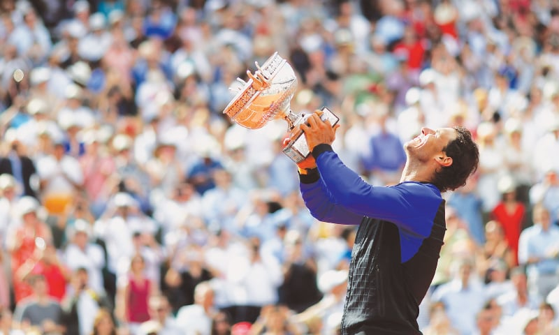 Nadal wins record 10th French Open with brutal defeat of Wawrinka
