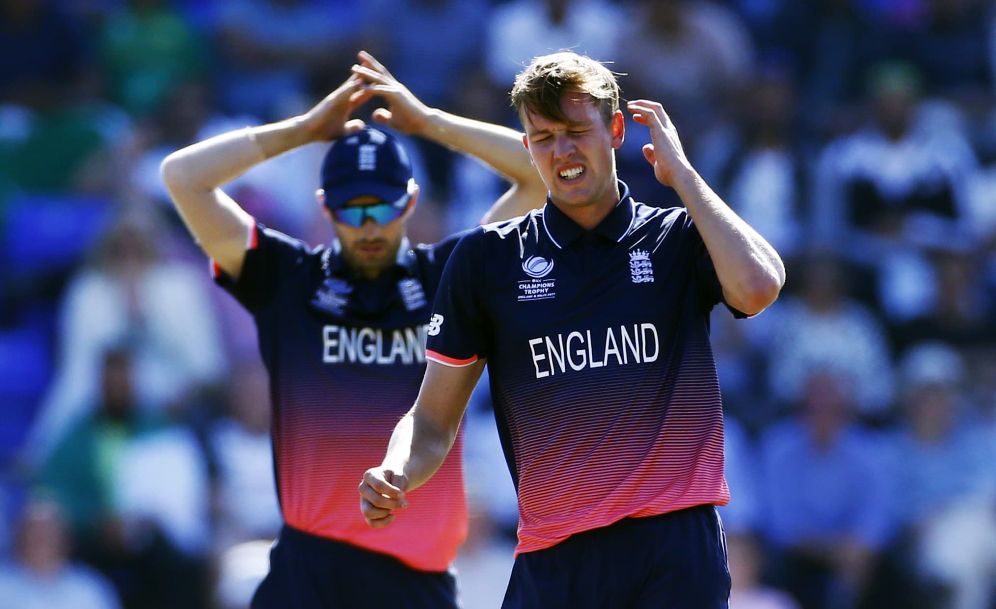 England's Jake Ball reacts as Pakistani batsmen gave them a tough time on the field.─Reuters