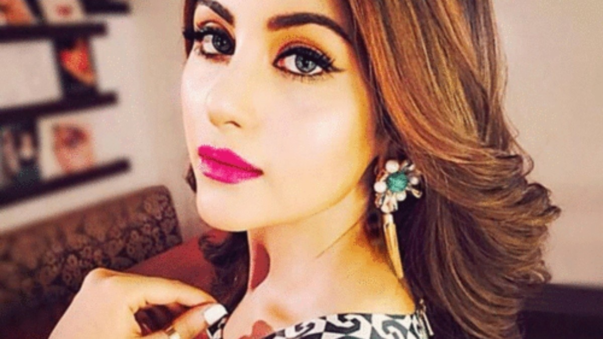 Sohai Ali Abro made her debut with Wrong No. starring opposite Danish Taimoor