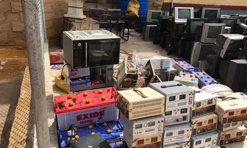TVs and microwaves amongst contraband recovered.─DawnNews