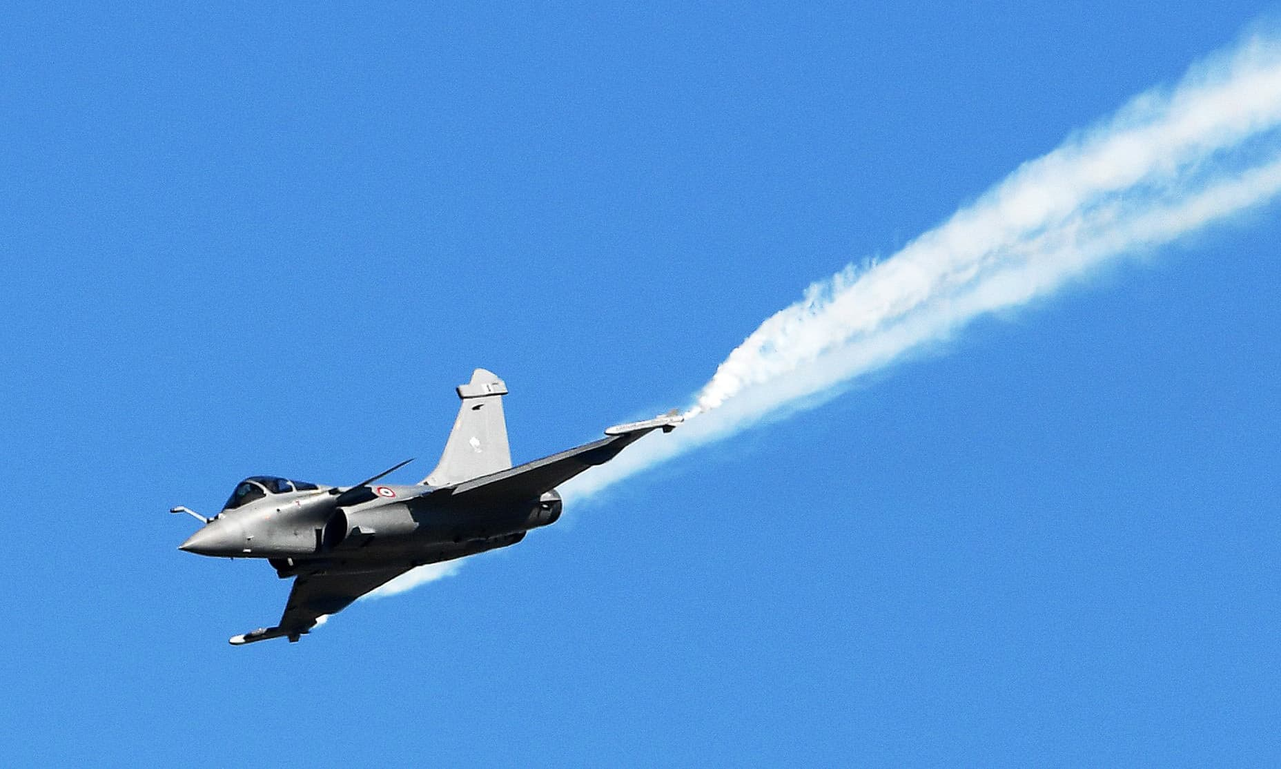 A Dassault Aviation Rafale fighter jet performs during a flight display. ─ AFP