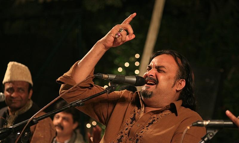 Amjad Sabri at Alyzeh Rizvi and Ahmer Zaidi's Mehfil-e-Sama.—Courtesy Alyzeh Rizvi
