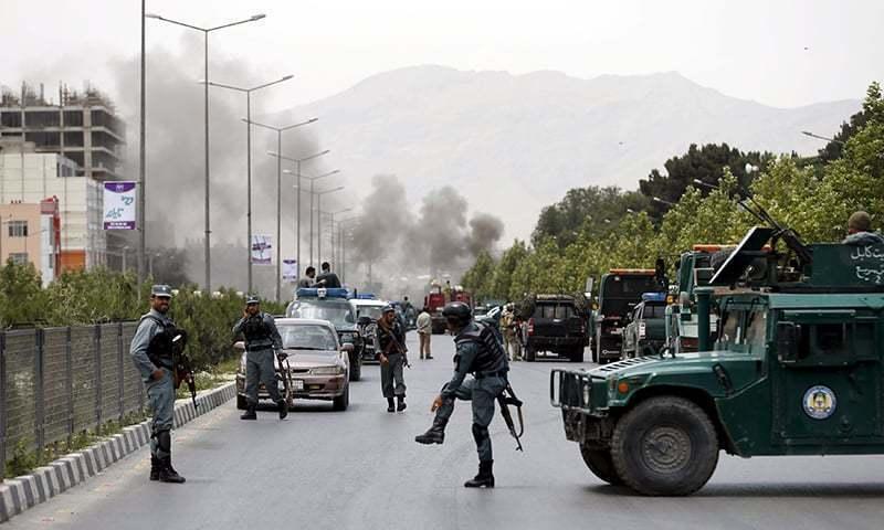 افغانستان: کار بم دھماکے میں 34 افراد ہلاک
