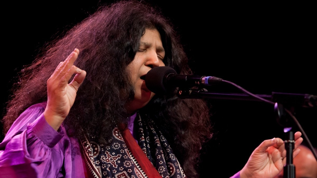 Abida Parveen tracks jump to most listened