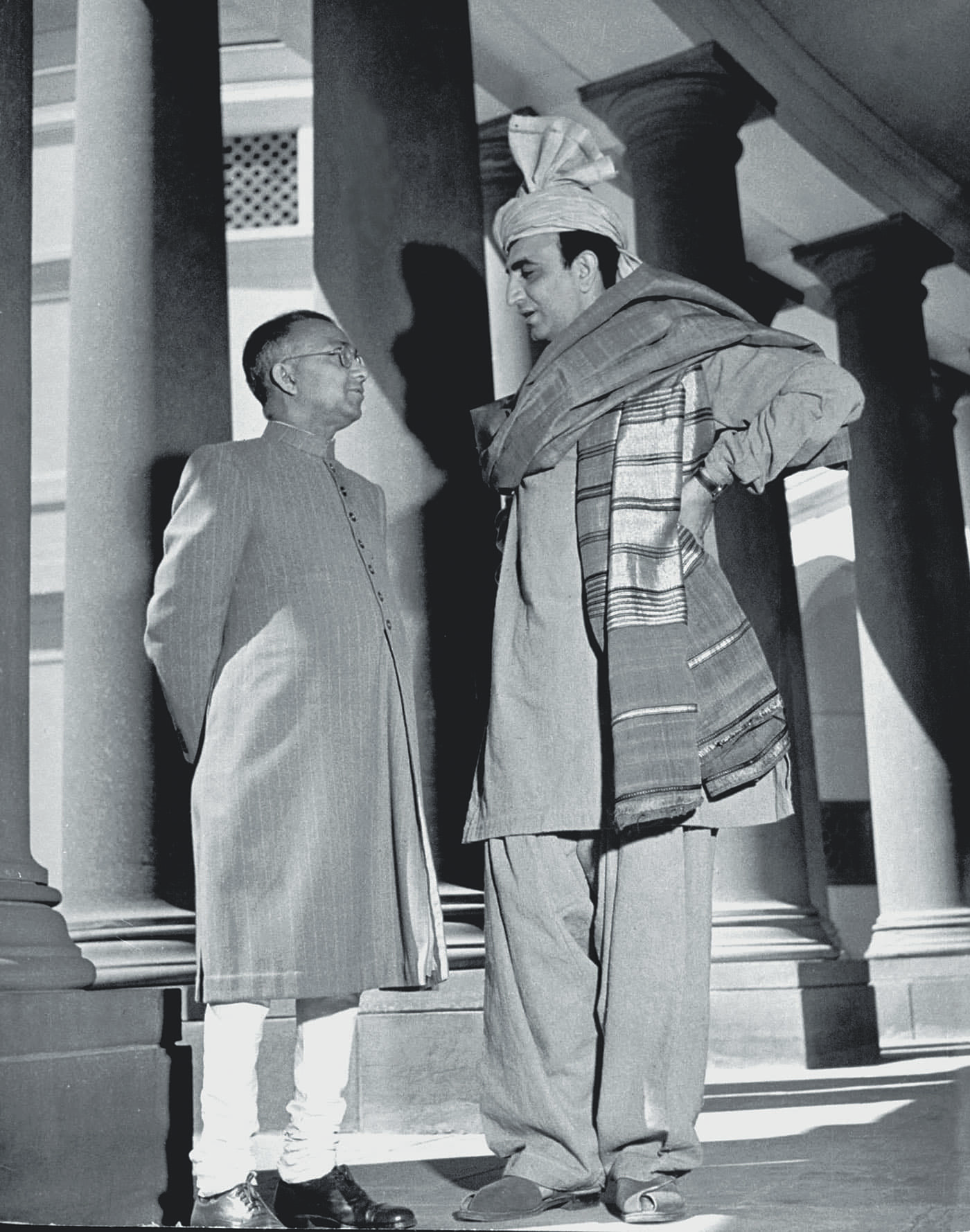 Khan Abdul Ghani Khan (right) converses with Benegal Shiva Rao, a leading journalist and politician, in front of Council House in Delhi. — Excerpted with permission from Witness to Life and Freedom, Roli Books, Delhi