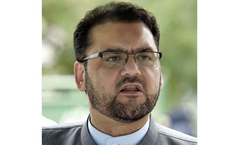 PM's son Hussain Nawaz flies off to Qatari capital