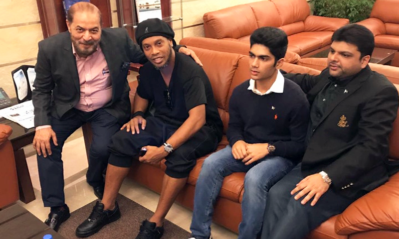 'Ronaldinho and Friends' arrive in Pakistan amidst tight security