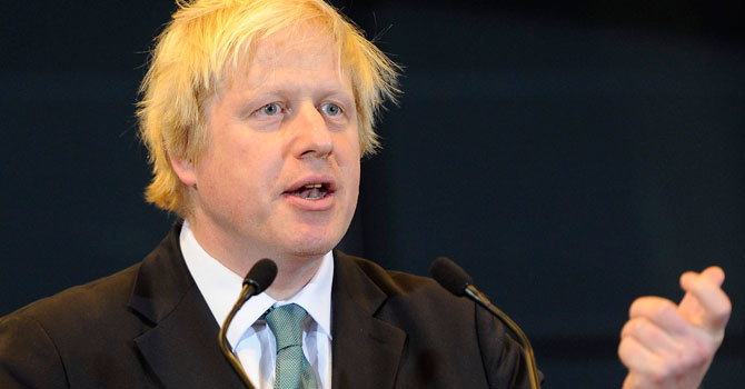 Johnson urges Arab states to end Qatar boycott