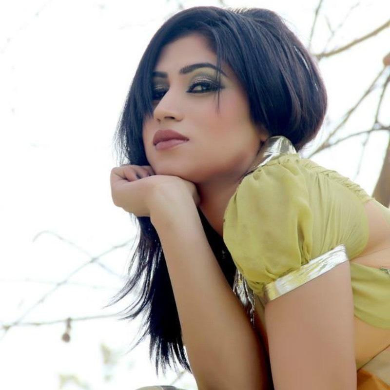 Qandeel in her 2012 modeling portfolio. Source: Anwar Bibi