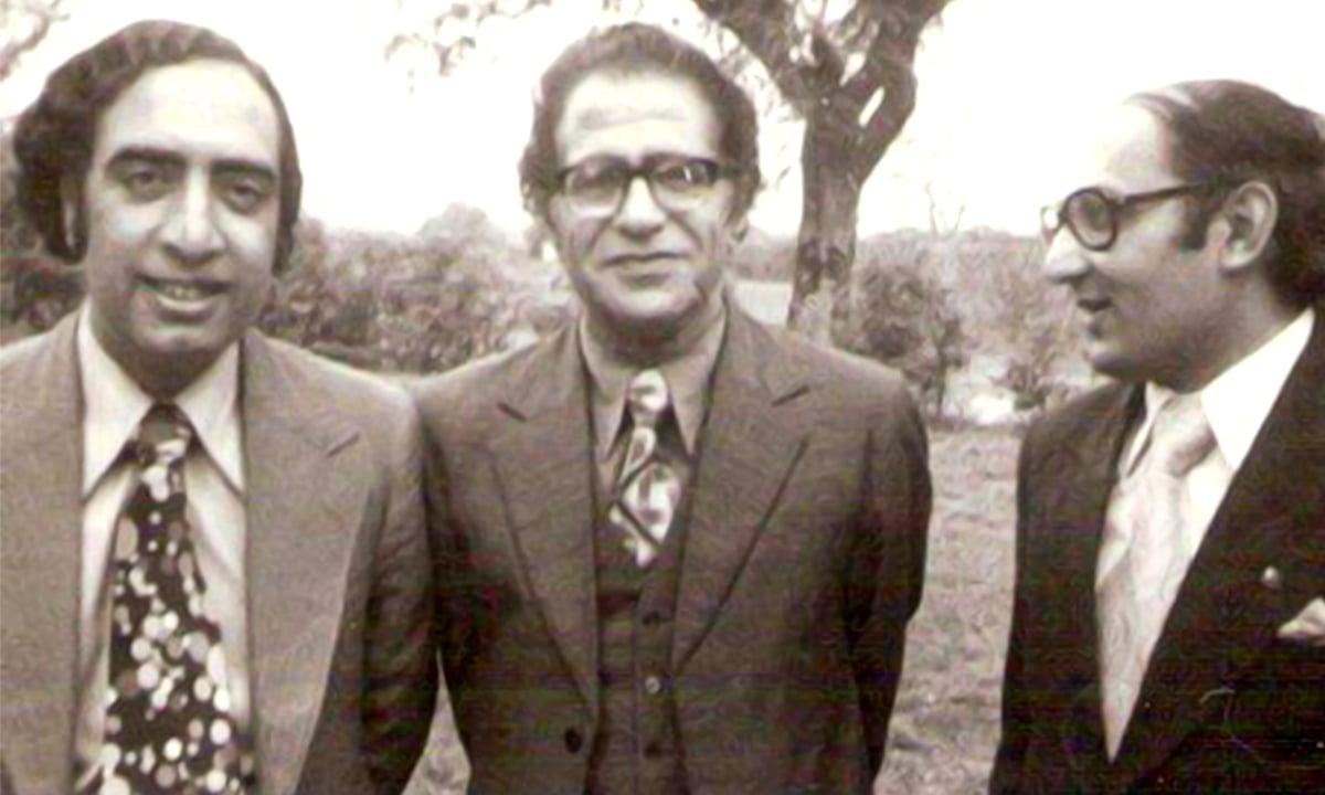 Ataul Haq Qasmi (left), Ahmad Nadeem Qasmi (centre) and Amjad Islam Amjad (right) | Photo by White Star