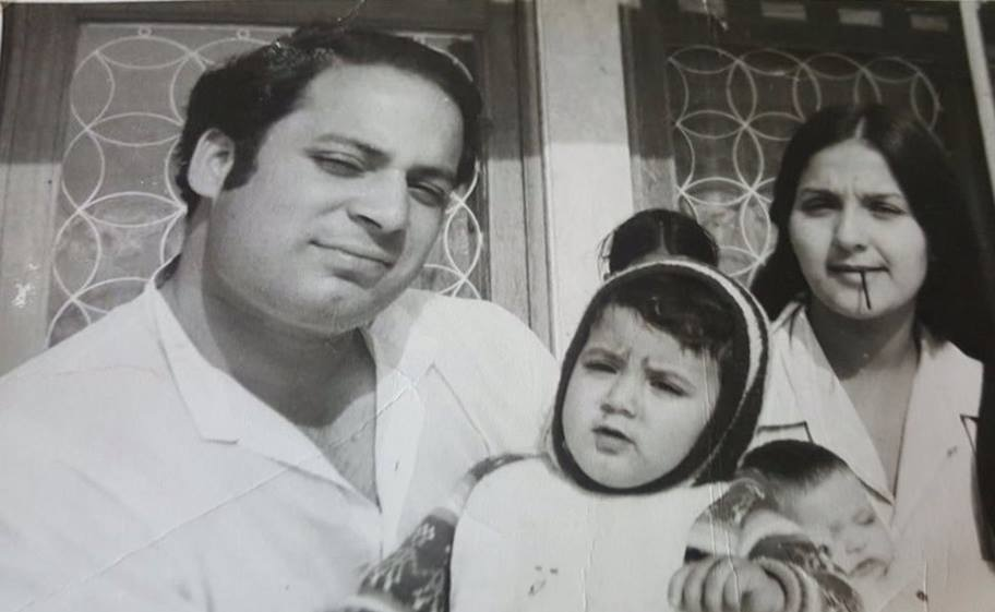 Nawaz Sharif with his wife Kulsoom.
