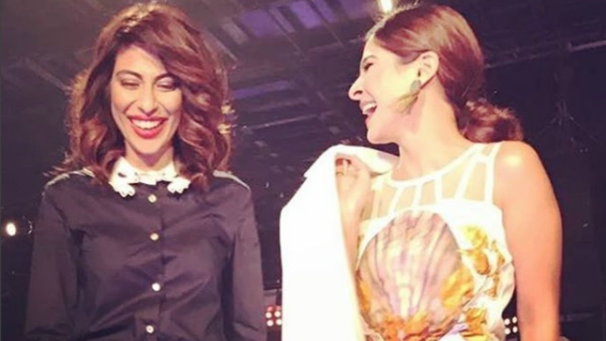 Meesha Shafi and Ayesha Omar on set