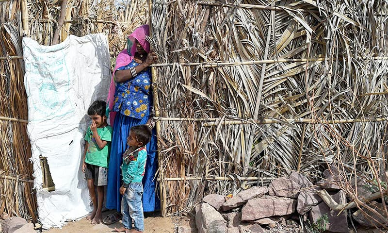 A family of Pakistani Hindus at an unauthorised settlement in Jodhpur in India's western state of Rajasthan.─AFP