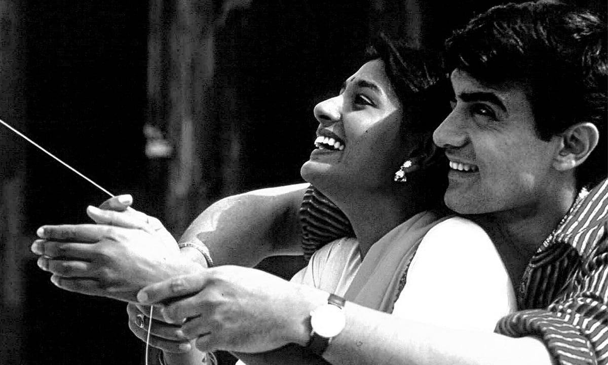 Nandita Das and Aamir Khan in a scene from *Earth* (1998) | Courtesy Hamilton-Mehta Productions