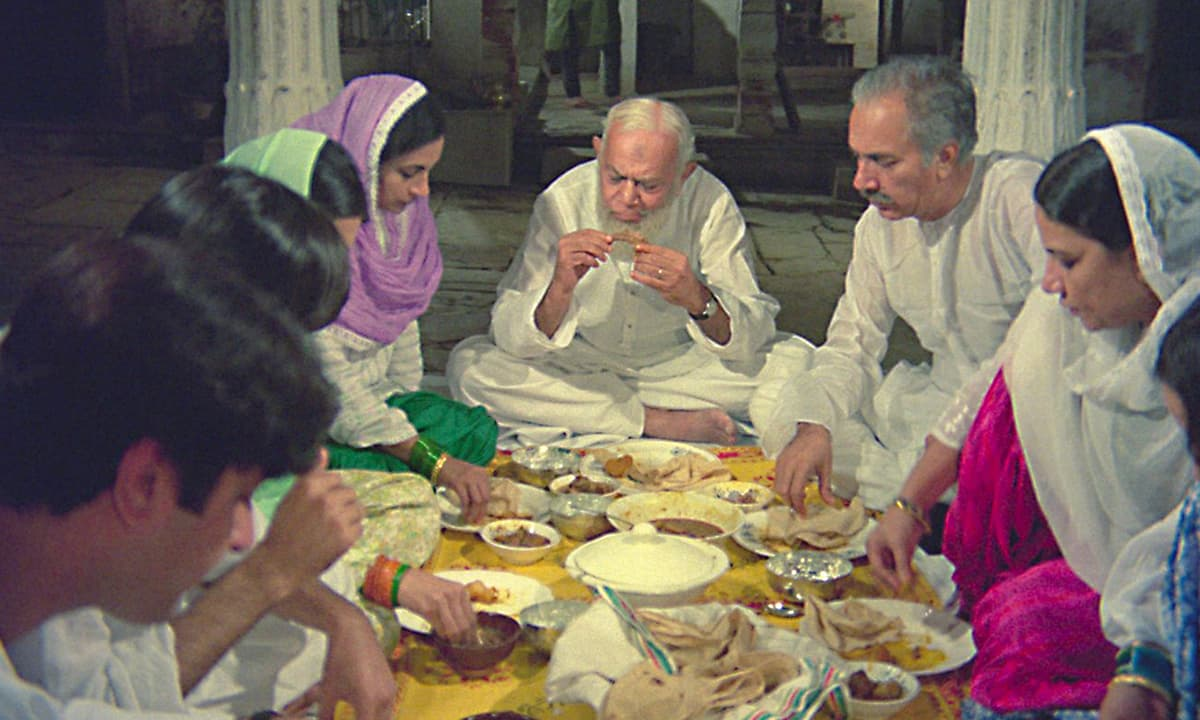A scene from *Garam Hava* (1974) | IMDBb