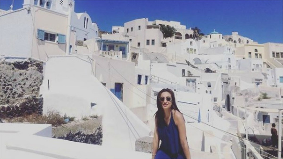 Greece backdrop + an electric blue sun dress = quadruple digit Instagram likes!