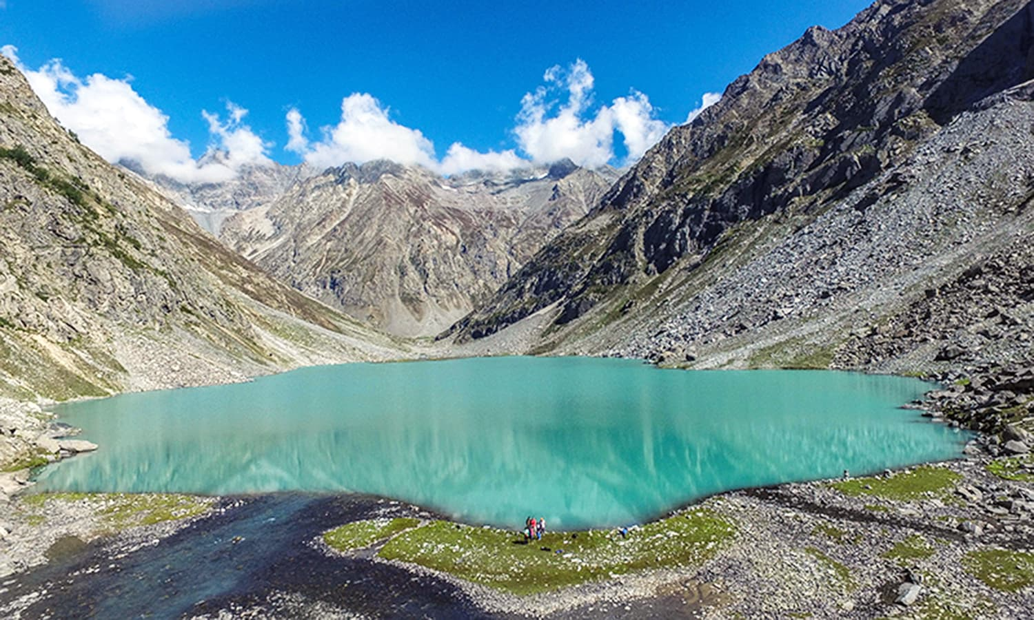 A view of the Kooh Lake in Anakar, Kalam Valley.─Photo by author