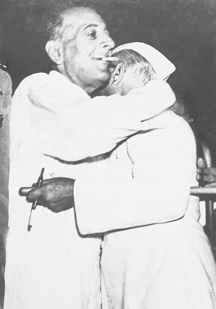 Sir Ghulam Mohammad biding farewell to the Honourable Jawahar Lal Nehru on July 28, 1953. — Courtesy The Malik Ghulam Mohammad Archives in the possession of Naeem Malik, Karachi.