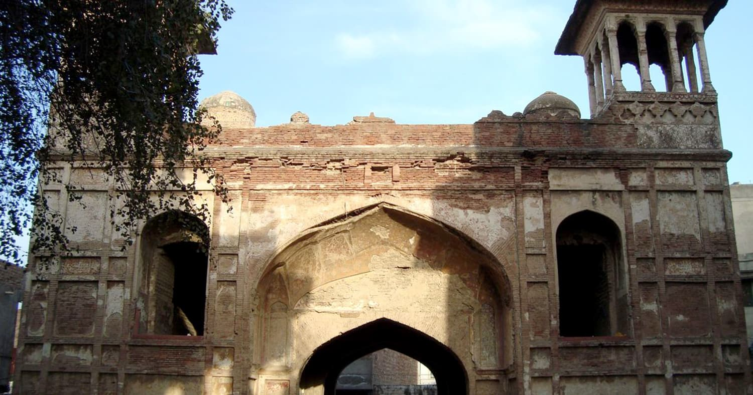 The remnants of the gateway to the garden where Zeb-un-Nisa's purported tomb stands. | Haroon Khalid