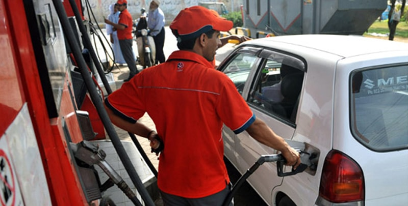 Petrol price goes up by Rs2 a litre