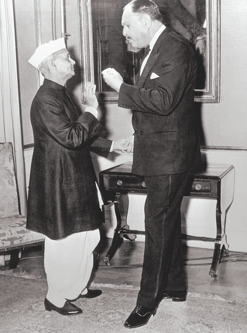 President Ayub Khan and Indian Prime Minister Lal Bahadur Shastri in animated conversation at a dinner during the Commonwealth Heads of State Conference in London in June, 1965. — Photo: The Tahir Ayub Collection