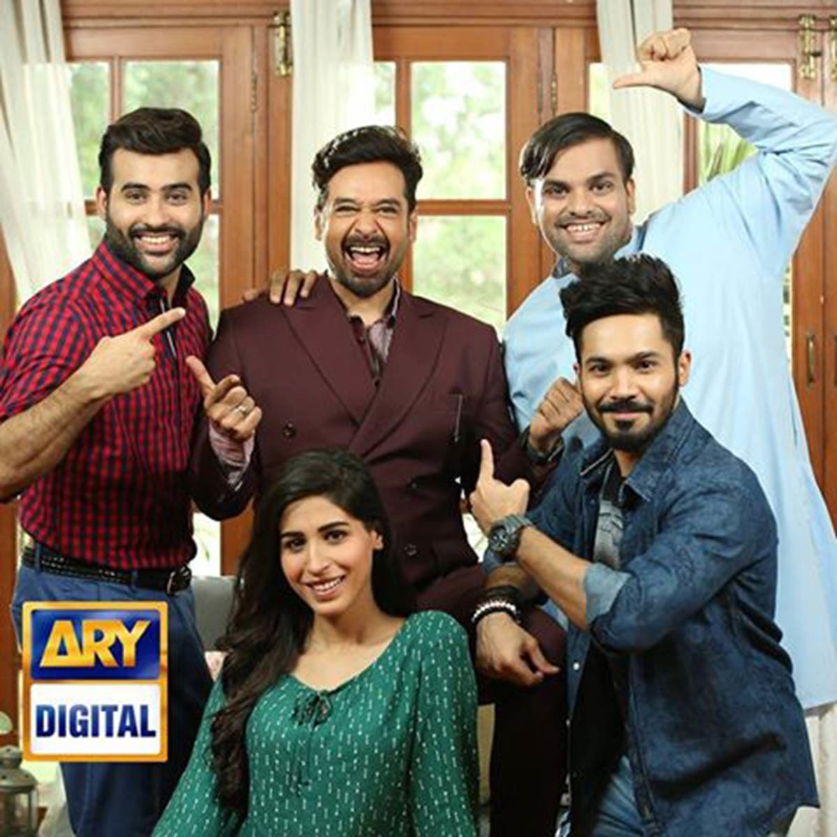 The actors pose with Faysal Quraishi who will be making guest appearances as Faizan's father in the sequel.