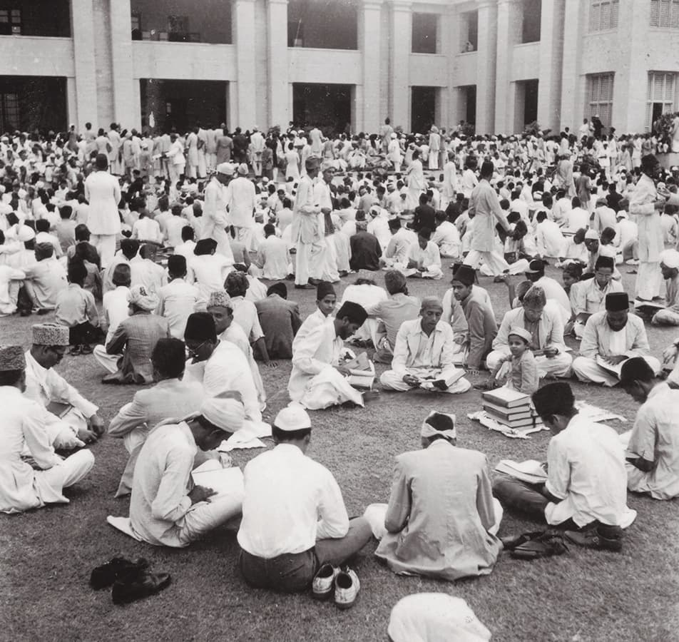A Quran Khawani was held on the grounds of Governor General House following the funeral. | Photo: The Press Information Department, Ministry of Information, Broadcasting & National Heritage, Islamabad (PID)