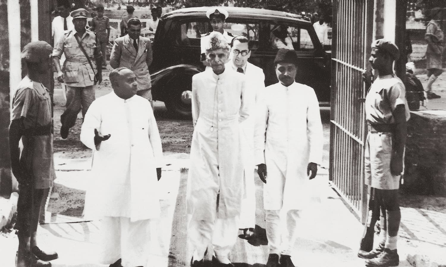 Quaid-i-Azam Mohammad Ali Jinnah with Khawaja Nazimuddin during the former's visit to Dhaka in April, 1948. | Photo: The Press Information Department, Ministry of Information, Broadcasting & National Heritage, Islamabad (PID)
