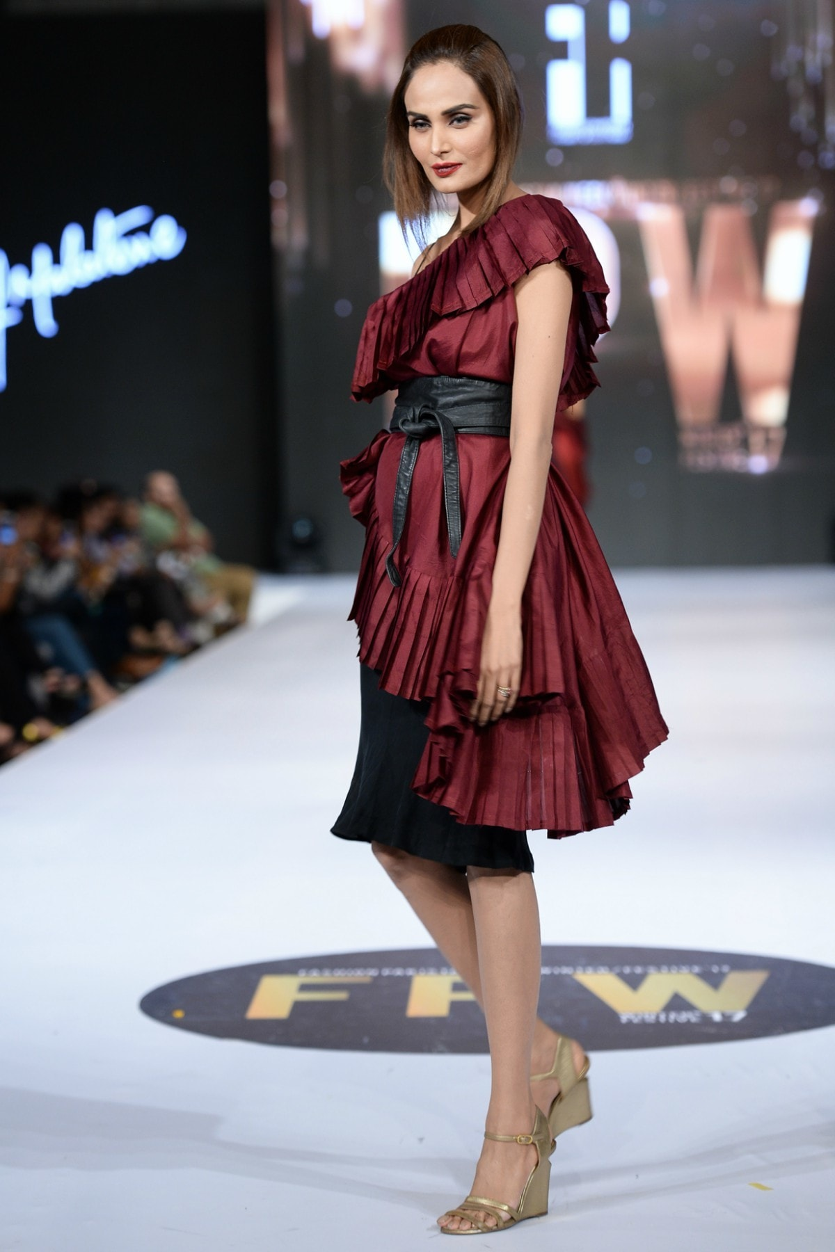 This pleated dress worn by Mehreen Syed was Sadaf's only display of sartorial creativity