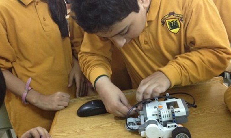 """""""Robotics is the latest technology being used in classrooms throughout the country"""".─Photo by author"""