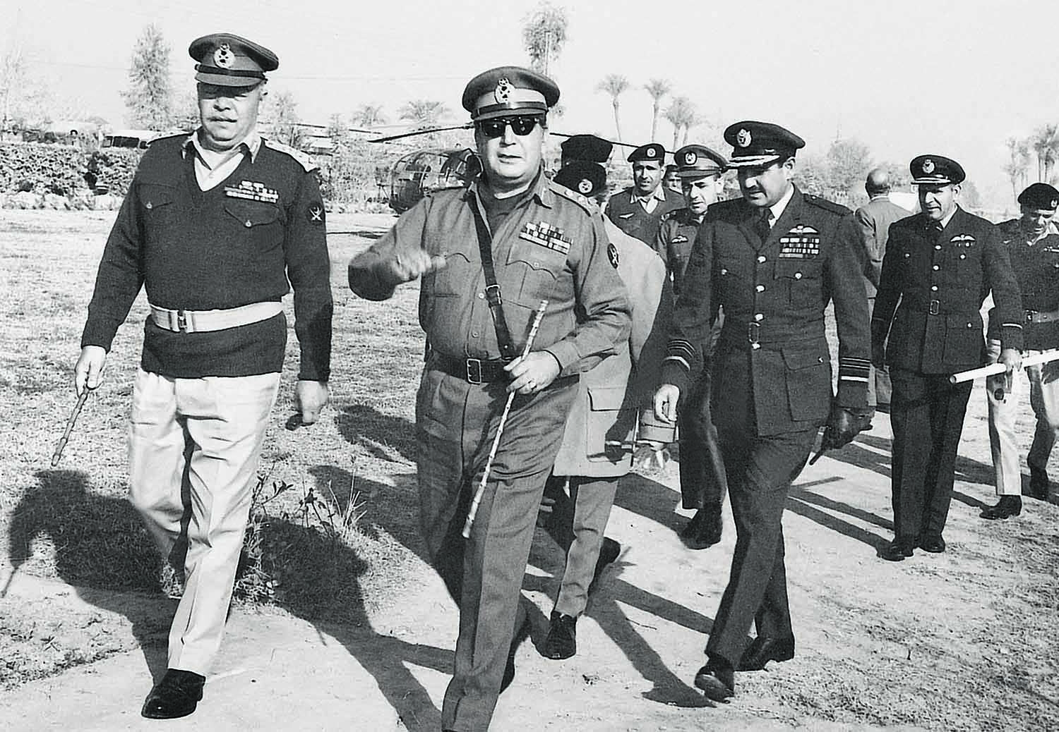 Yahya Khan during a visit to East Pakistan in the wake of the disaster caused by the Bhola Cyclone that struck the region in November 1970. | Photo: Dawn/White Star Archives