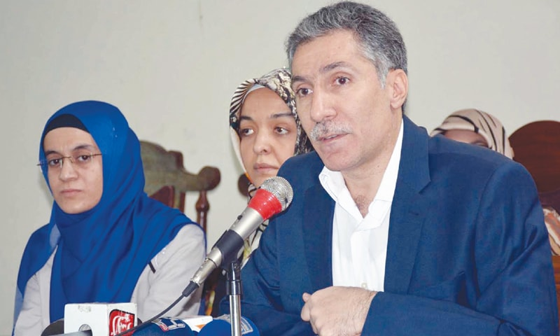 QUETTA: Former Pak-Turk educationist Osman Arslanhan talks to reporters about the kidnapping of his colleague on Thursday.—INP