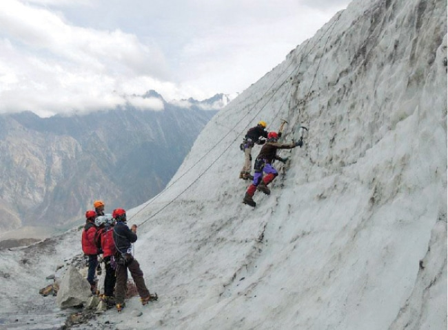 Youth in a bid to scale Shimshal peak in Hunza Valley, Gilgit-Baltistan. — Dawn