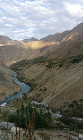 Enroute Deosai are a number of winding riverines
