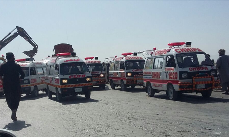 Over 14 dead, several injured in Mastung bus-van collision