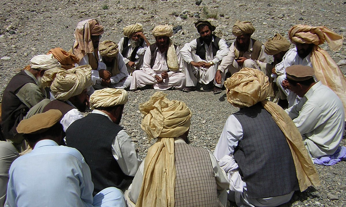 A jirga meeting in South Waziristan | Abdul Majeed Goraya, White Star