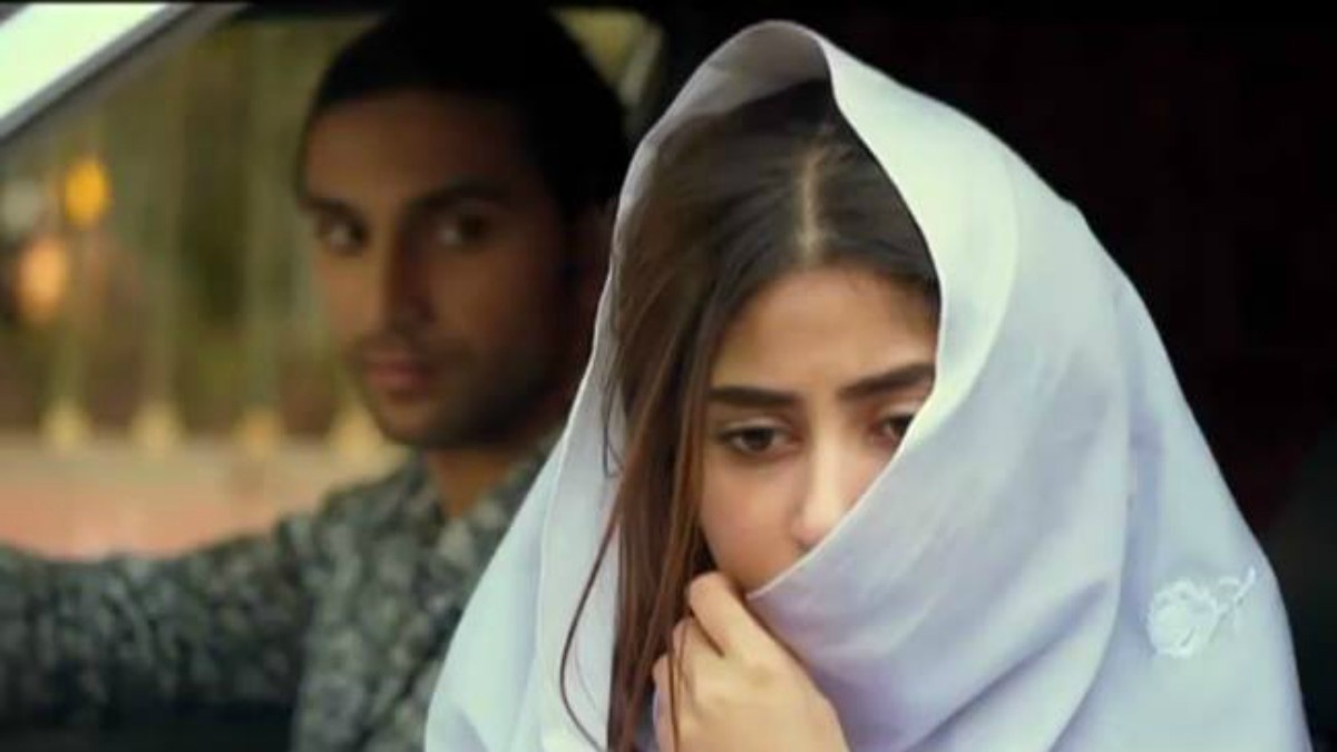 Unlike dramas that idealise the warped ideal of the untouched, virtuous woman. Asfandyar eventually comes to know of the sordid details of Zubia's past