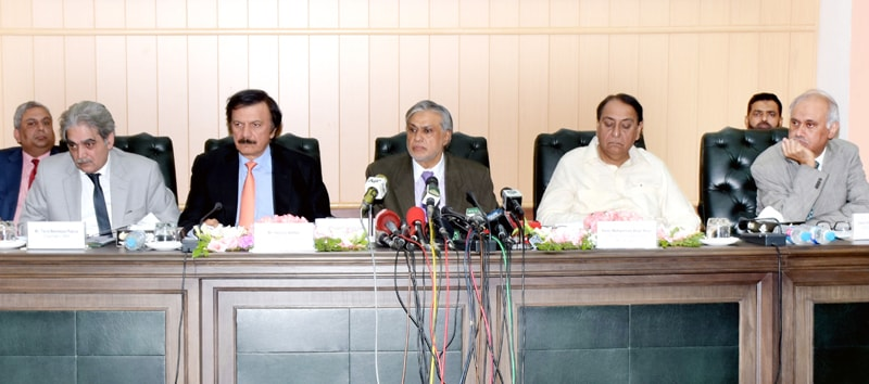 ISLAMABAD: Finance Minister Ishaq Dar is addressing a press conference at the FBR headquarters on Monday. Special Assistant to Prime Minister on Revenues Haroon Akhtar and FBR Chairman Tariq Pasha are also present on the occasion.