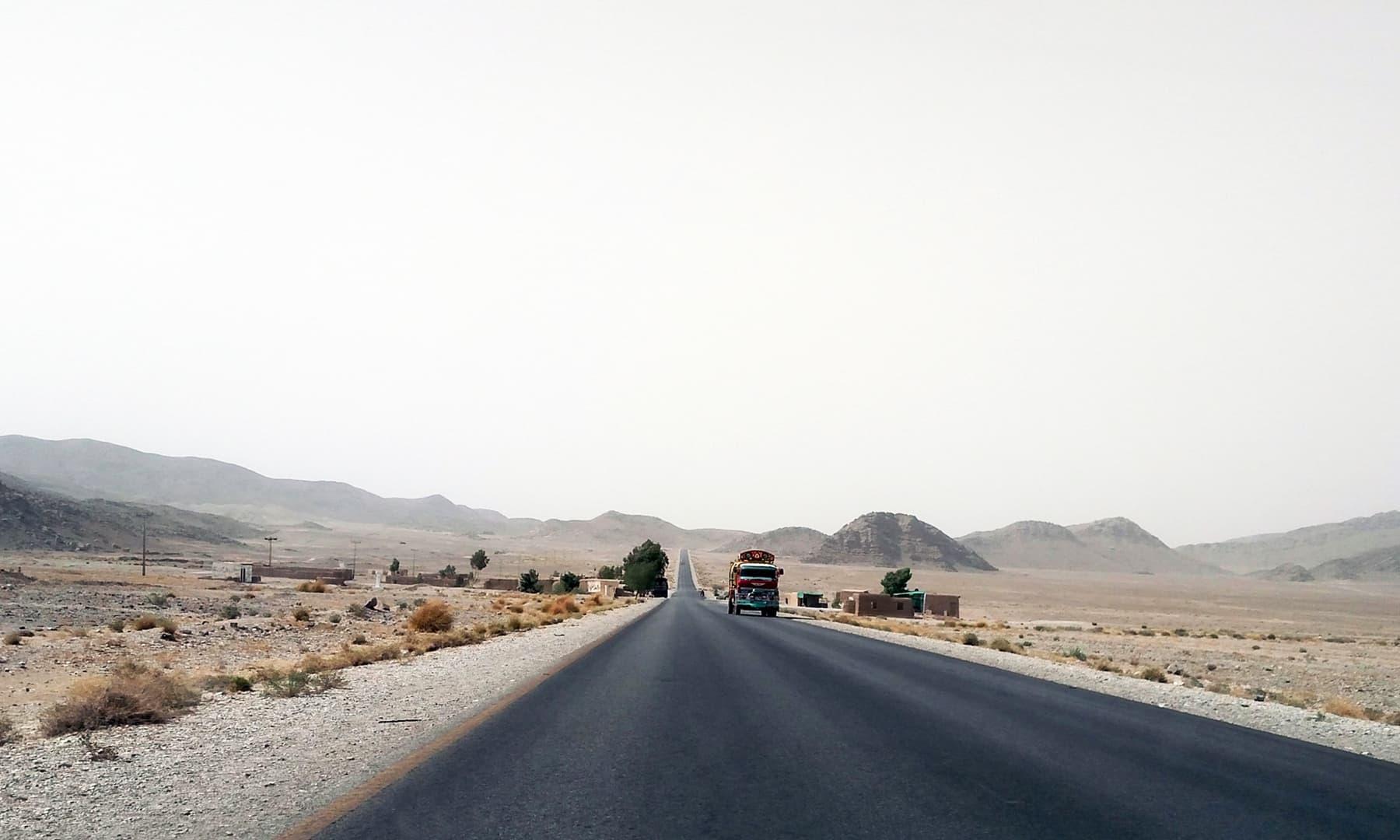 آر سی ڈی ہائی وے—تصویر عبیداللہ کیہر