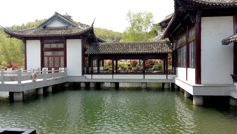 A glimpse of classical architecture in Weihai.