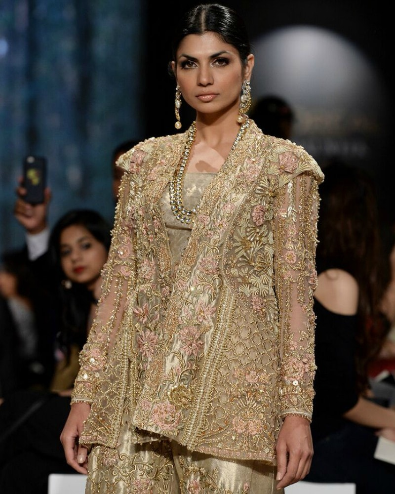 This golden Shiza Hassan with structured shoulders caught our eye
