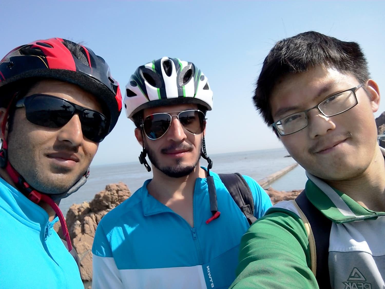 Met a biker from Dalian.