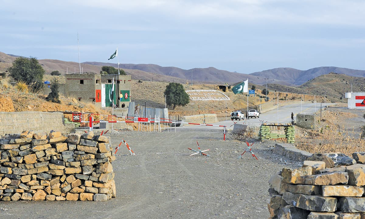 A view of the Frontier Corps post at Zero Line near Ghulam Khan border crossing | Abdul Majeed Goraya, White Star