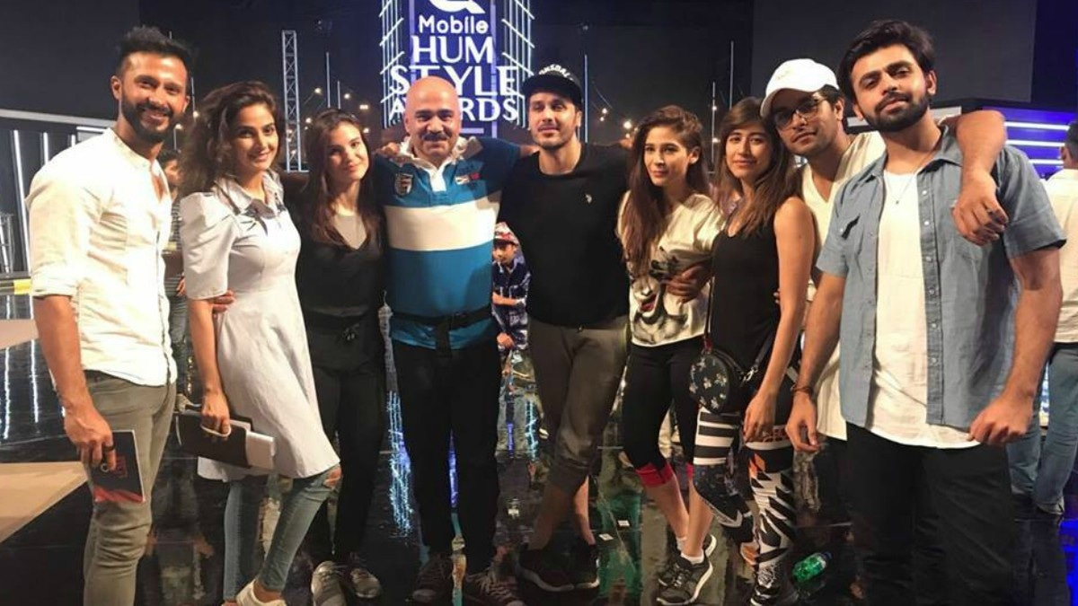Judging by this group shot, Hum Style Awards is going to be quite the soiree!
