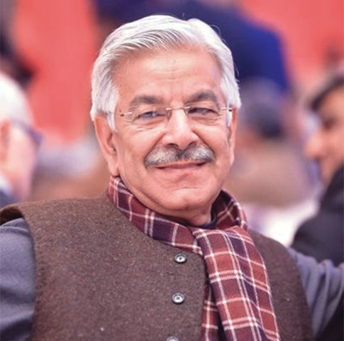 Khawaja Asif says despite spending 16 years in Afghanistan fighting the Taliban, US Secretary of State Rex Tillerson could not get out of the air base in Bagram during his visit to the country.