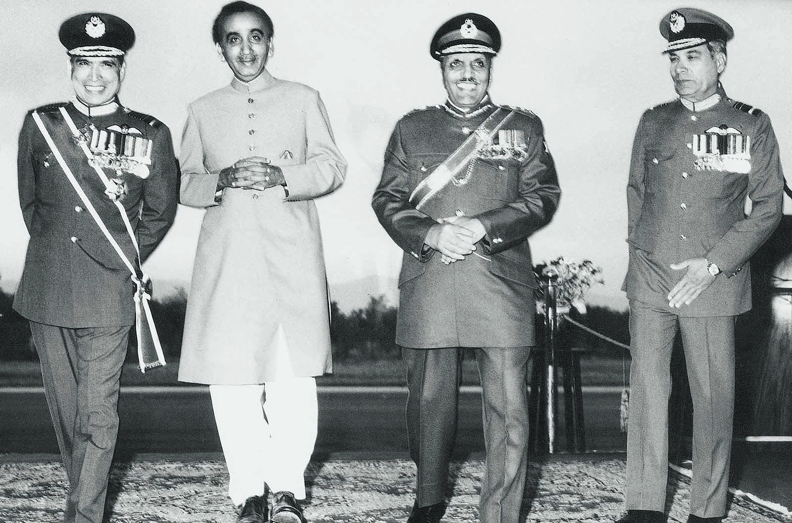 From left to right: Outgoing Air Chief Marshal Jamal A. Khan, Prime Minister Mohammad Khan Junejo, President Ziaul Haq and incoming Air Chief Marshal Hakeemullah Khan Durrani after a brief ceremonial parade in Rawalpindi on March 8, 1988. The characteristic Zia grin is hard to miss. | Photo: Dawn / White Star Archives